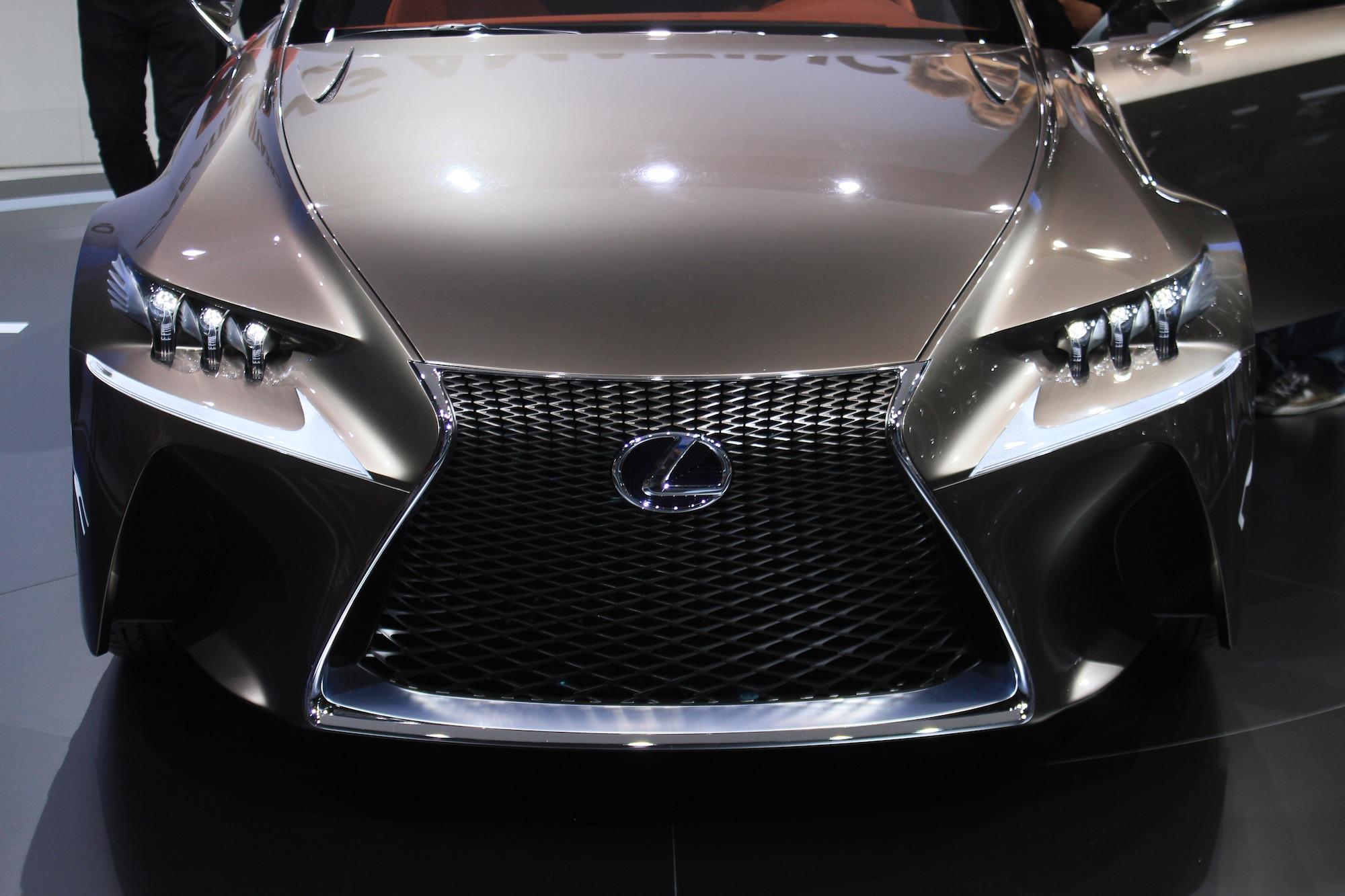 Best electric cars 2017 volkswagen tesla and more the week uk - Lexus Lf Cc Concept Paris Auto Show Live Photos