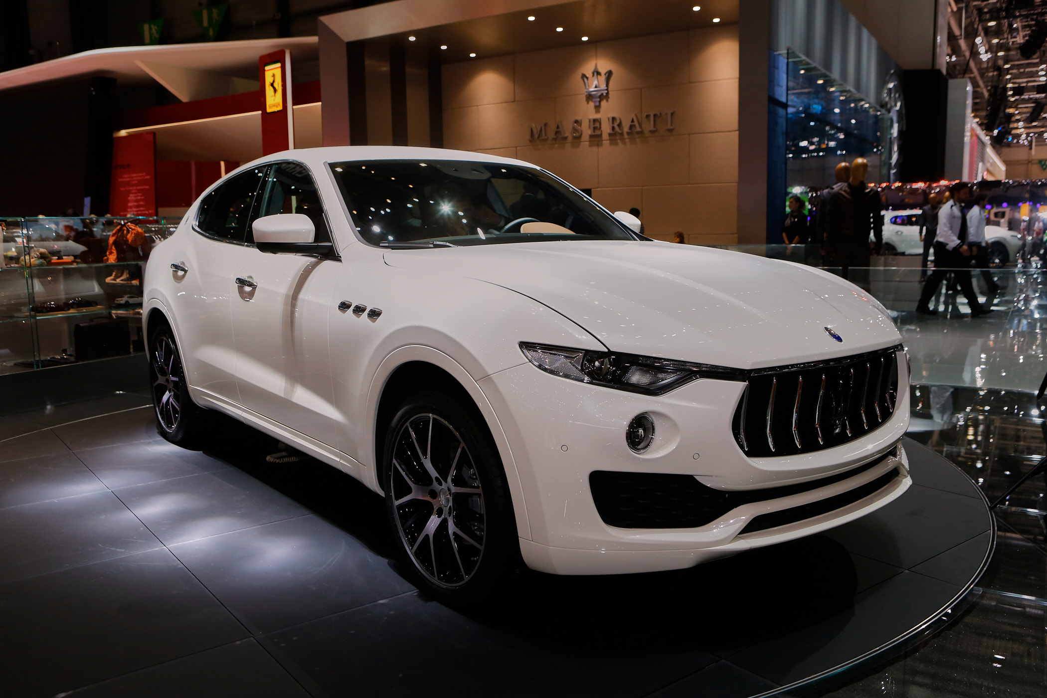 maserati to offer plug in hybrid version of levante suv. Black Bedroom Furniture Sets. Home Design Ideas
