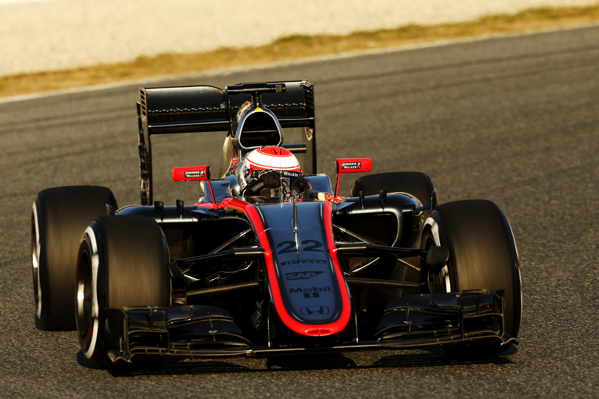 Mclaren Says Wind Caused Alonso Crash Driver To Miss Final Pre Season Test