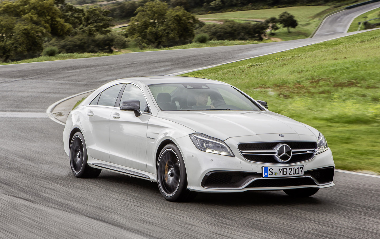 2015 mercedes benz cls class and cls63 amg revealed. Black Bedroom Furniture Sets. Home Design Ideas