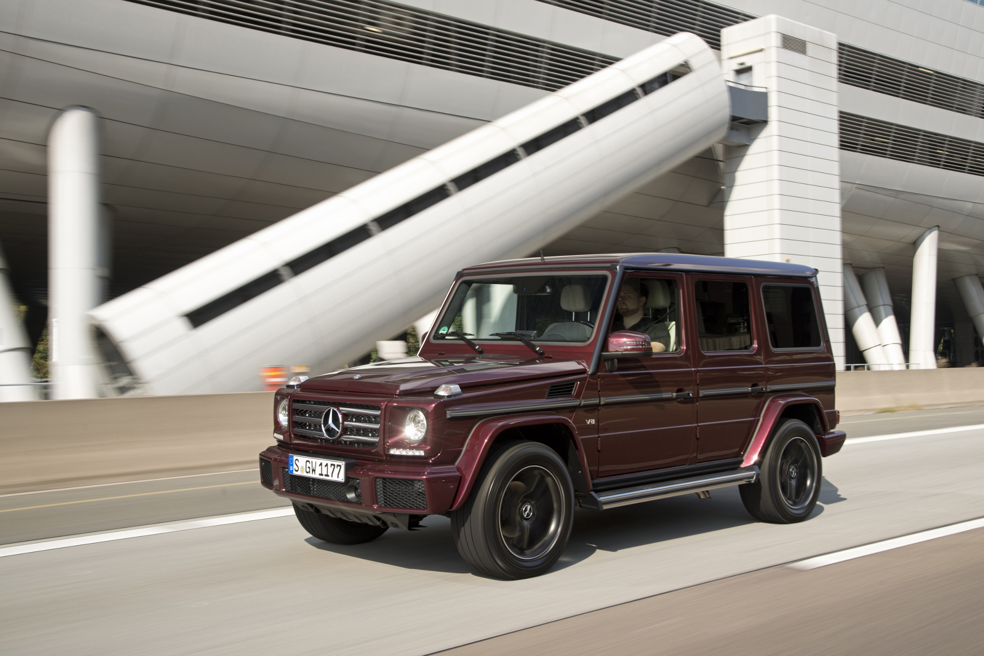 2016 mercedes benz g class first drive for Mercedes benz g class pictures