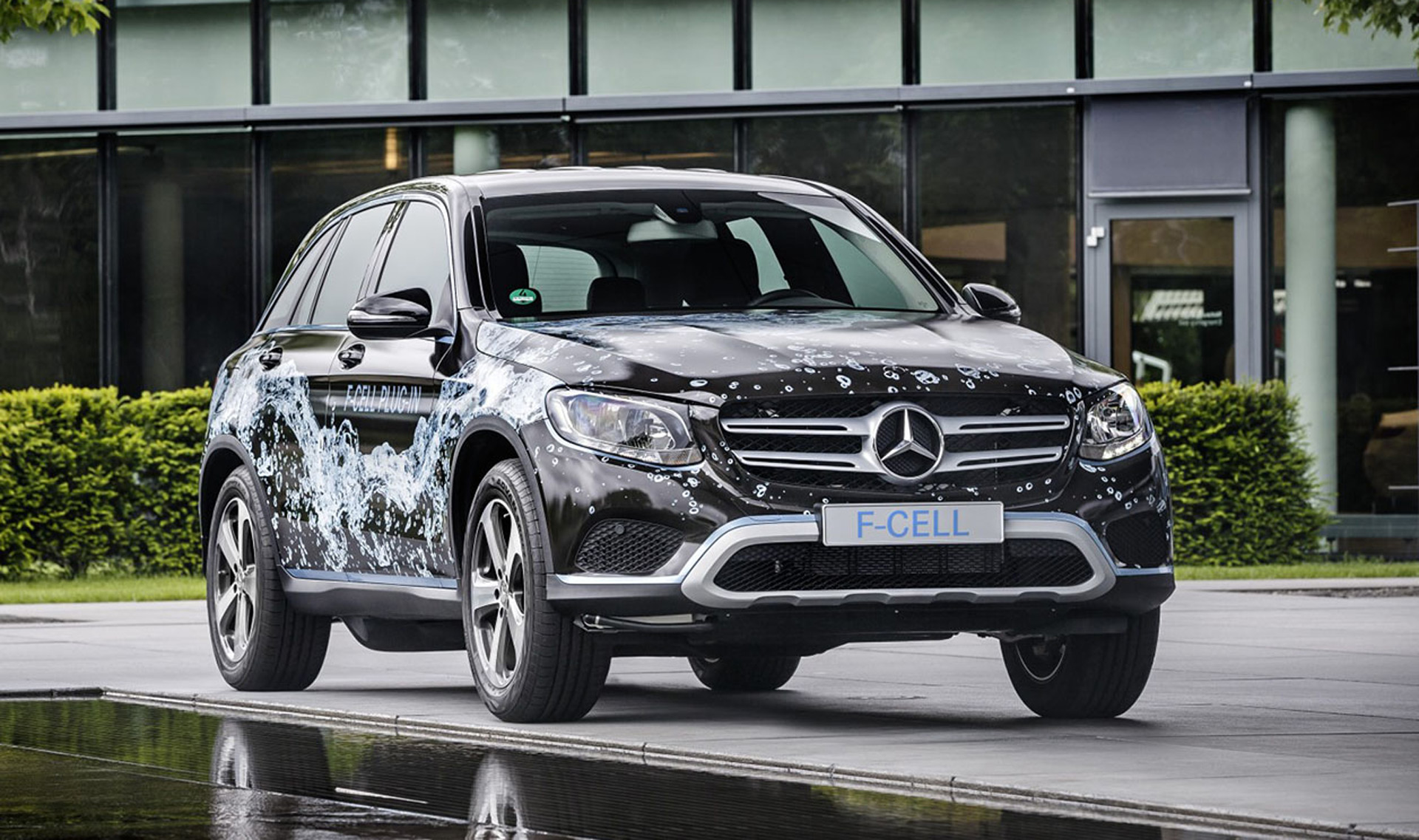 http://images.hgmsites.net/hug/mercedes-benz-glc-f-cell-eq-power-prototype_100619206_h.jpg