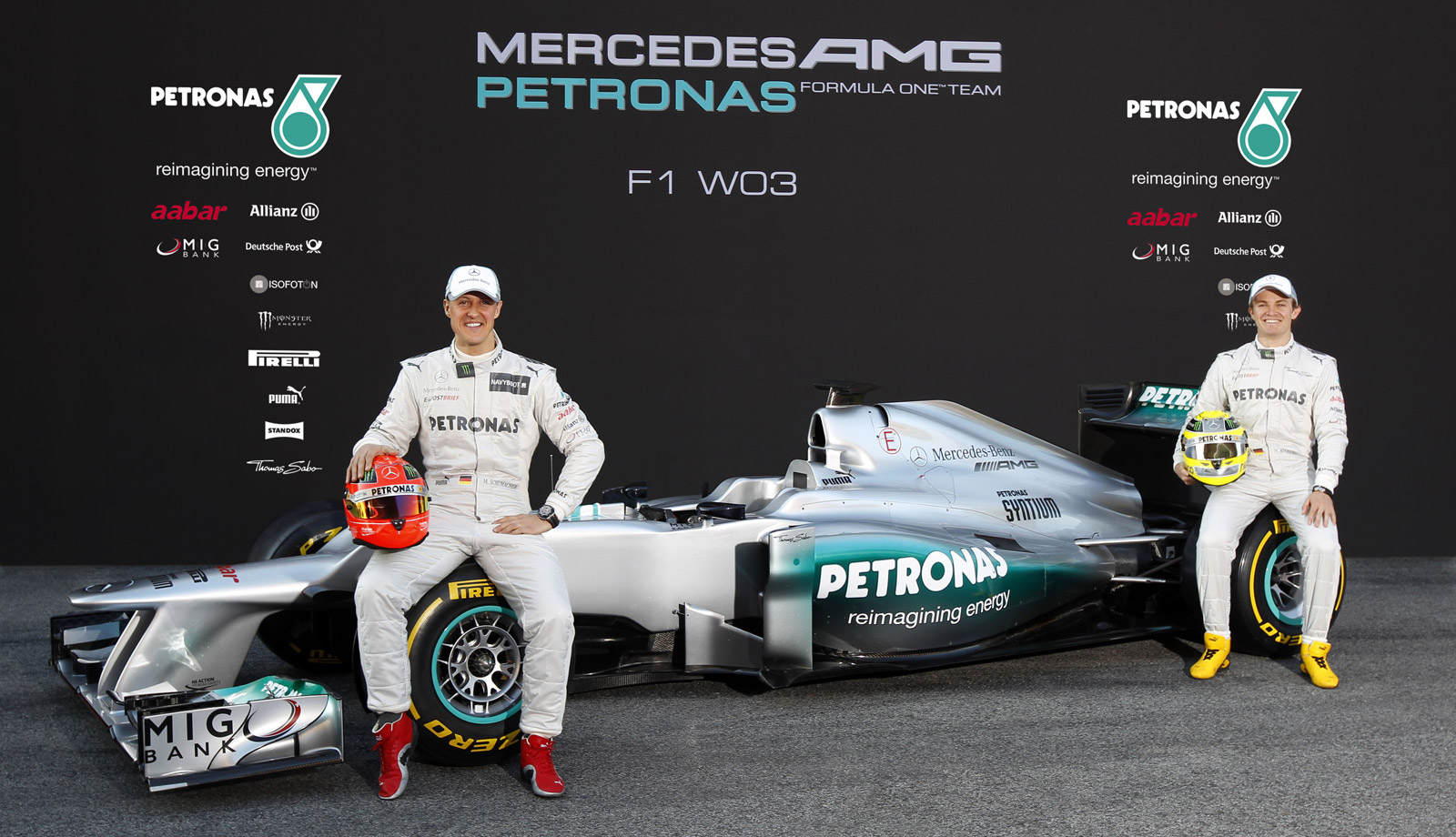 Mercedes Unveils Its W03 2012 Formula 1 Race Car