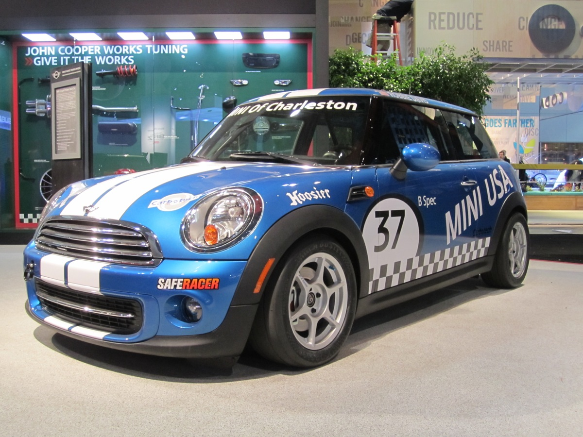 Mini To Offer Turnkey B Spec Race Cars For 2012