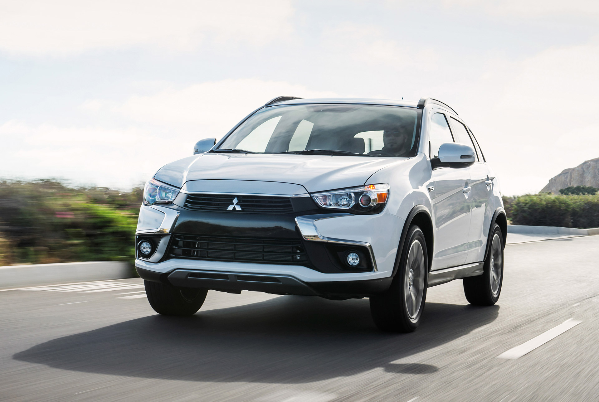 2016 mitsubishi outlander review ratings specs prices and photos the car connection. Black Bedroom Furniture Sets. Home Design Ideas