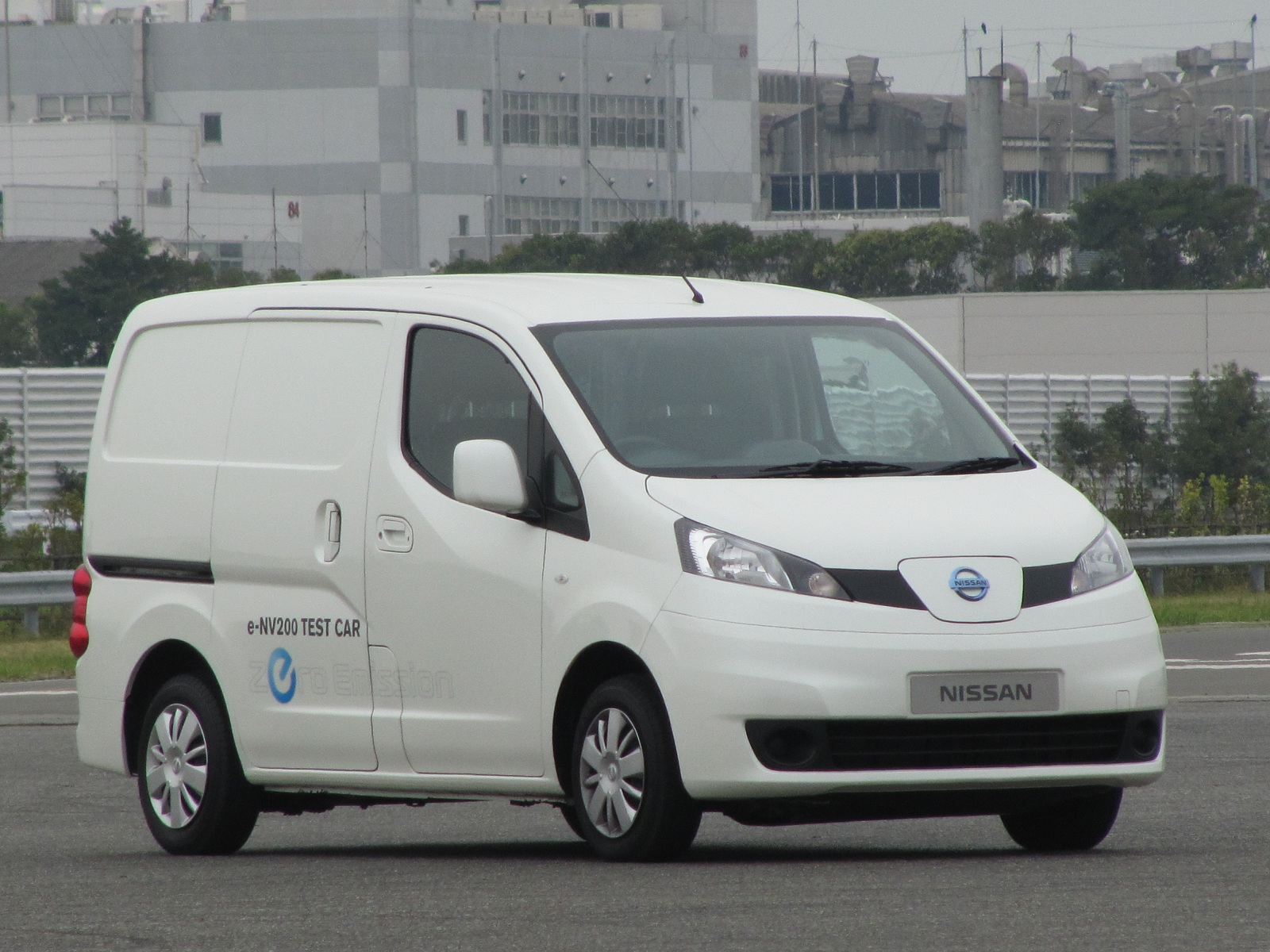 nissan e nv200 electric van battery adds thermal conditioning. Black Bedroom Furniture Sets. Home Design Ideas