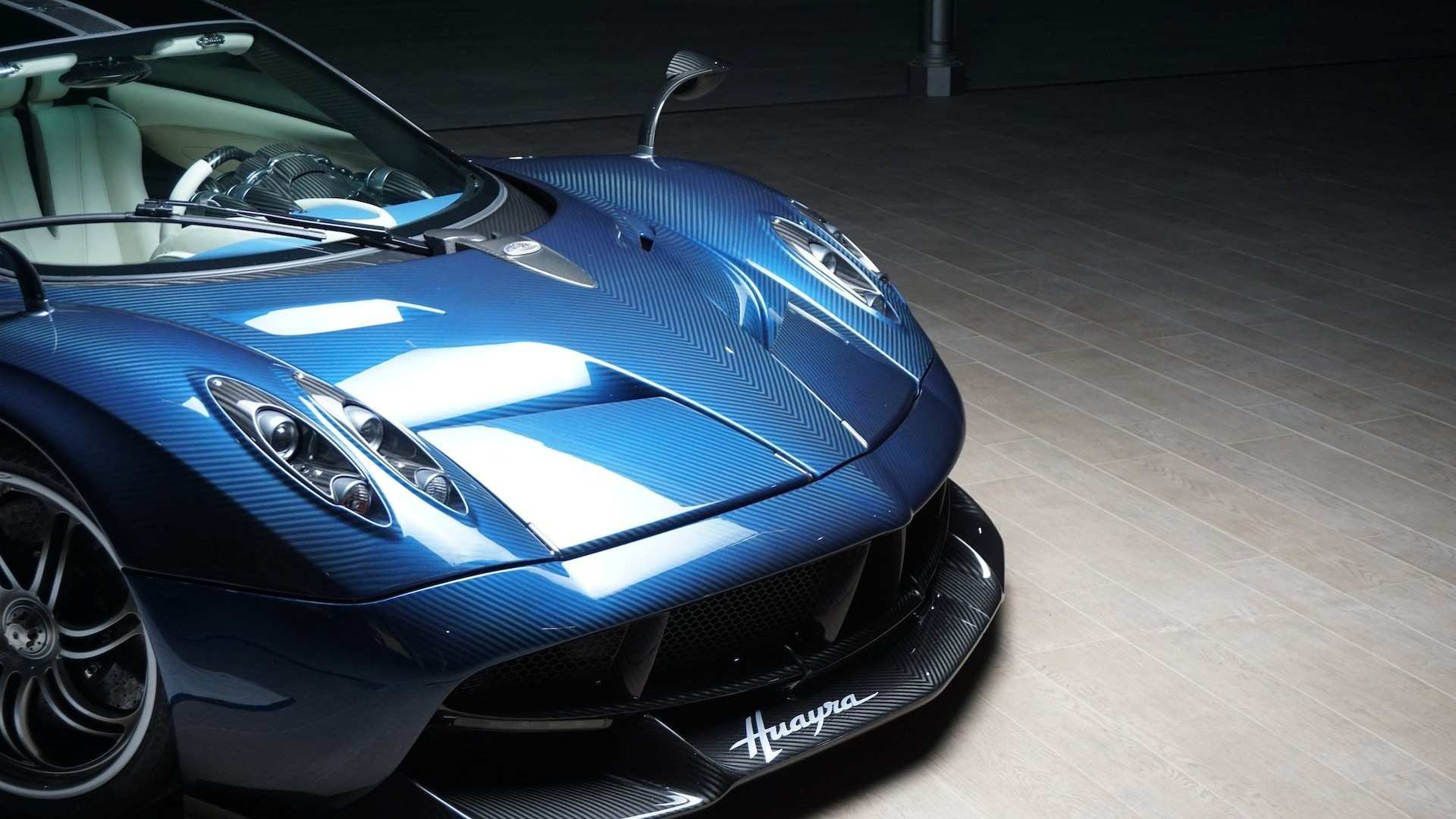 Pagani Shows Off New Huayra Roadster At Private Event