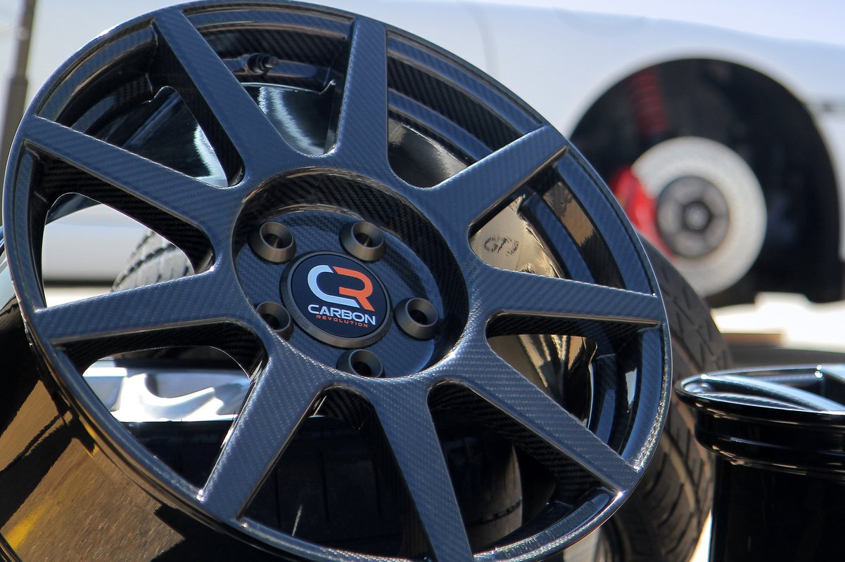 Carbon Fiber Wheels A Costly Upgrade But Better