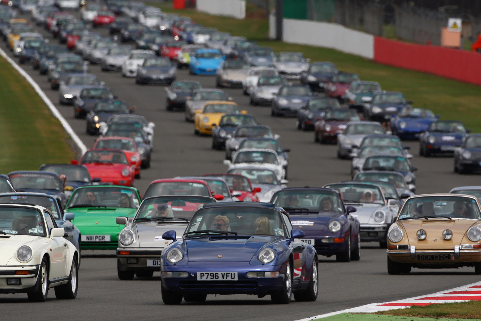 Record Gathering Of Porsche S At Silverstone July H