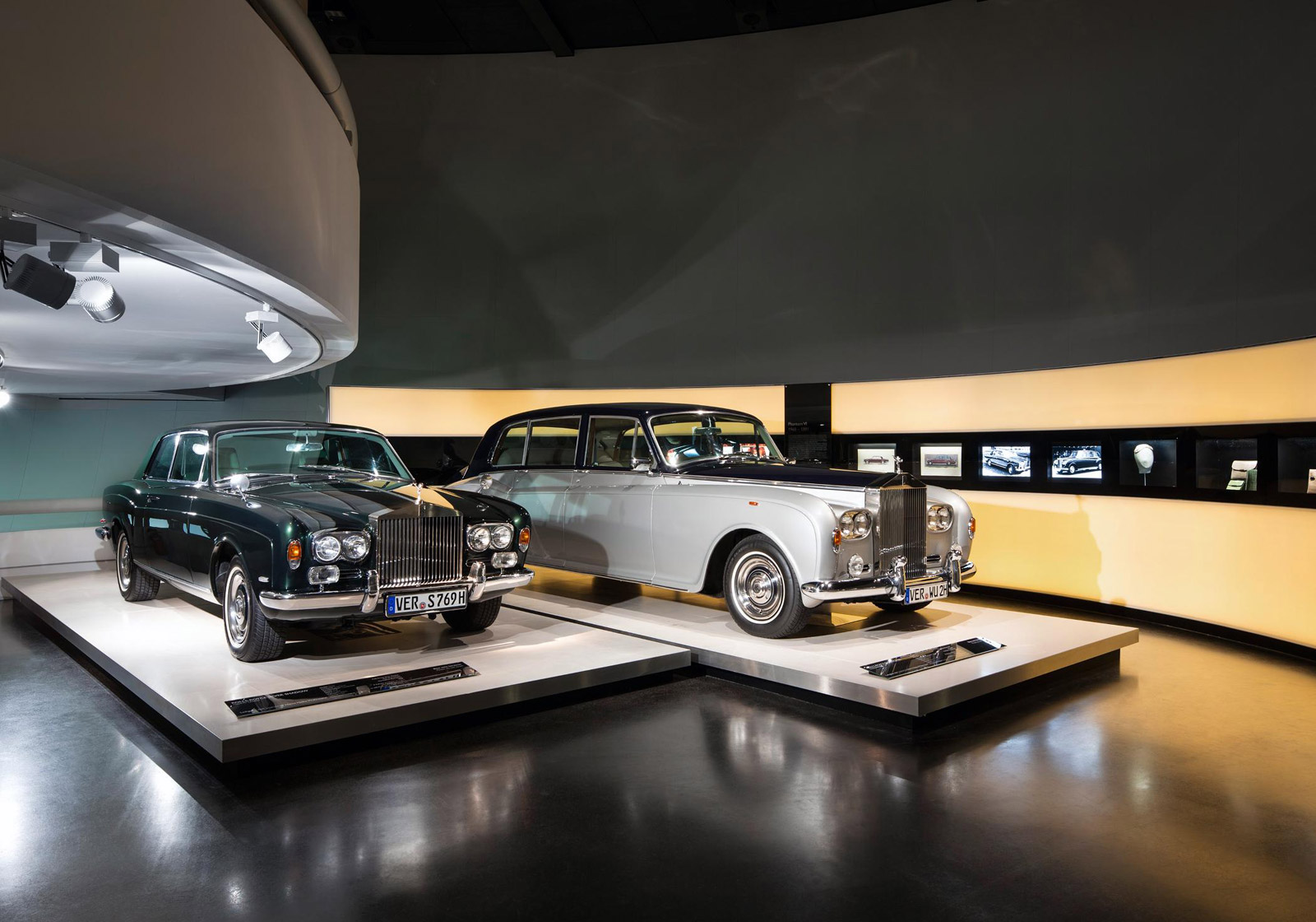 new rolls royce exhibition opens at bmw museum. Black Bedroom Furniture Sets. Home Design Ideas