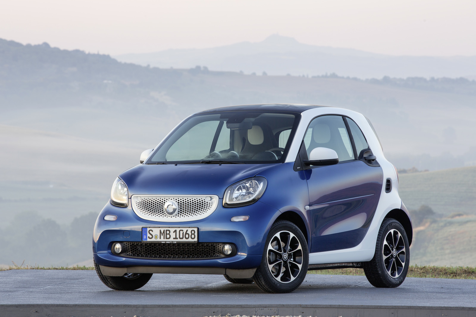 New 2016 smart fortwo will keep older electric drive model - Net cucine new smart ...