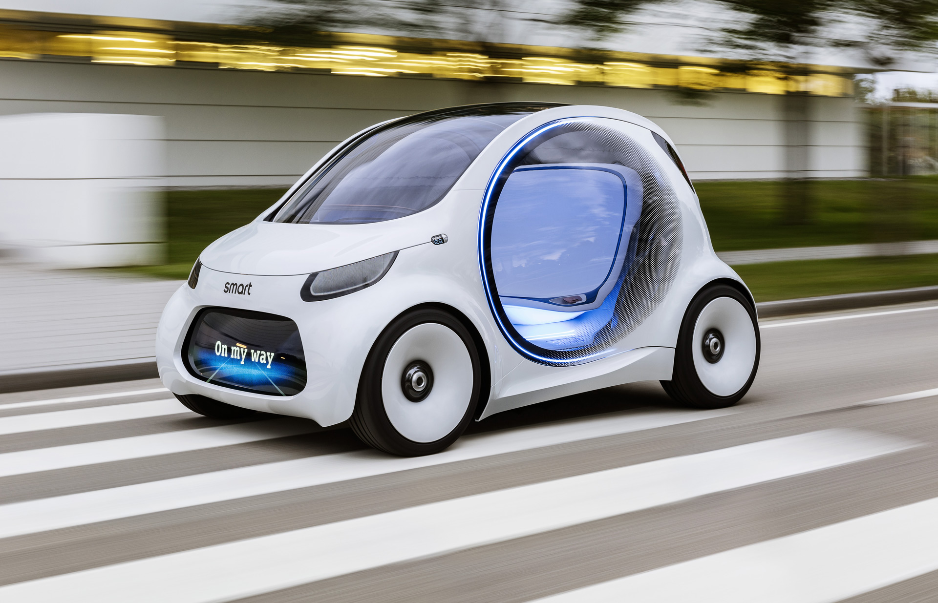 Smart Is The Latest Automaker To Unveil A Selfdriving Pod Car - Latest cool cars