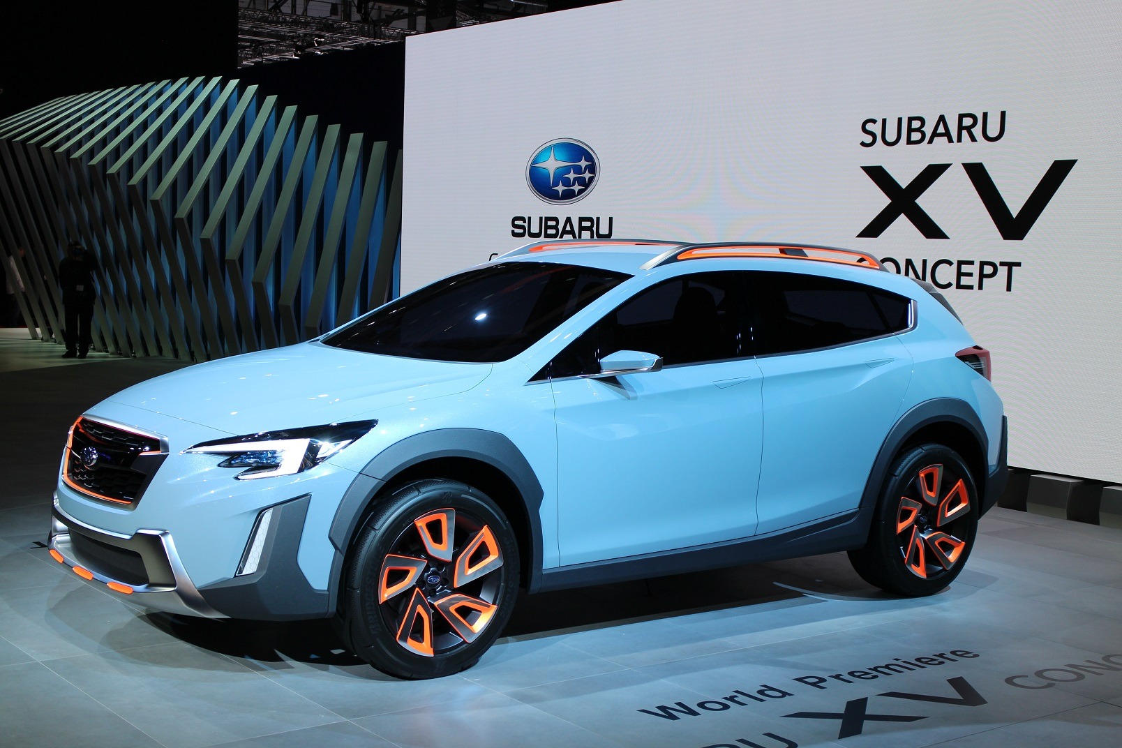subaru 39 s new xv concept hints at next gen crosstrek live photos and video. Black Bedroom Furniture Sets. Home Design Ideas