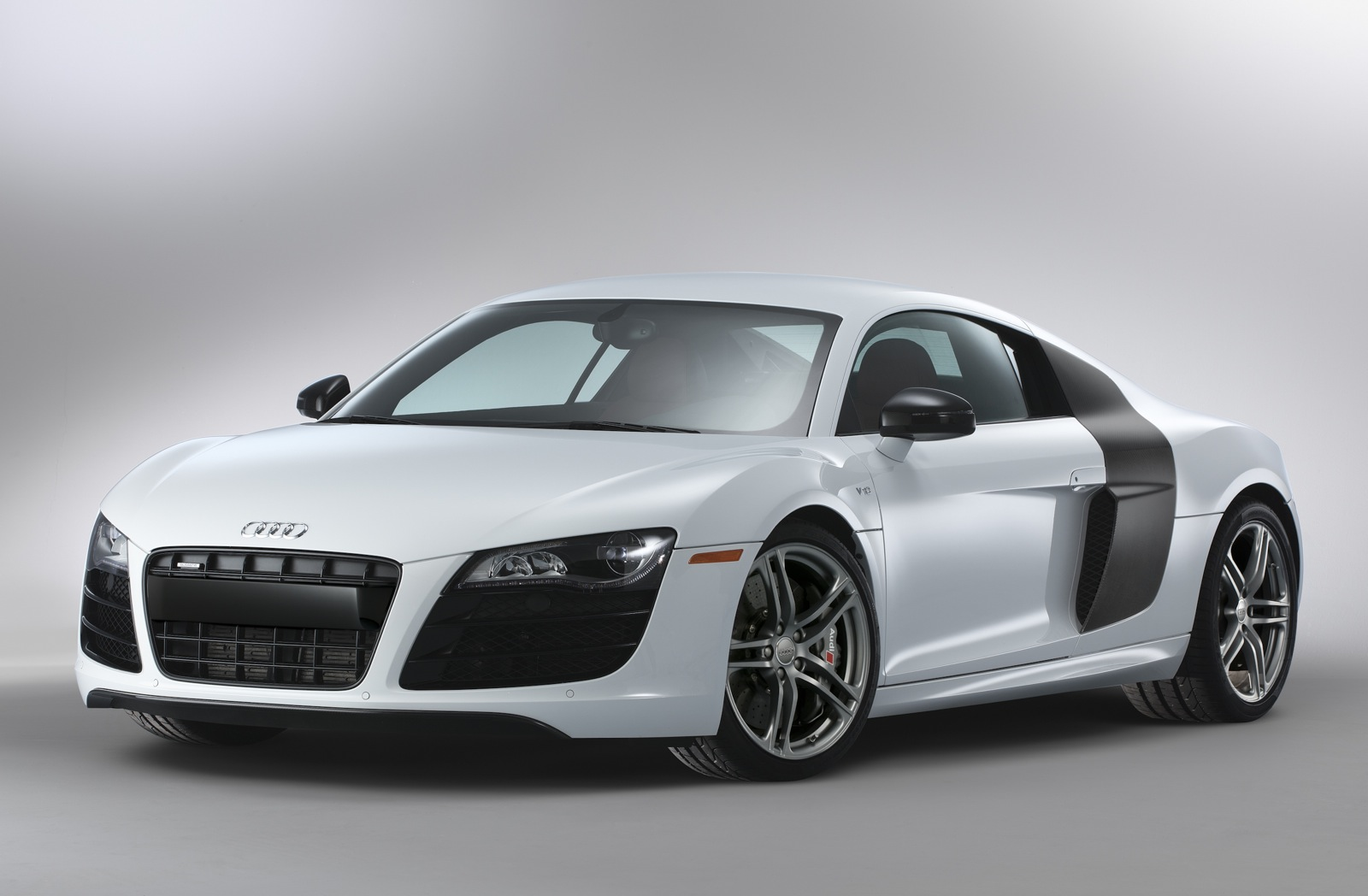 Want An Audi R8? Audi Brings Back Twitter Campaign: Video