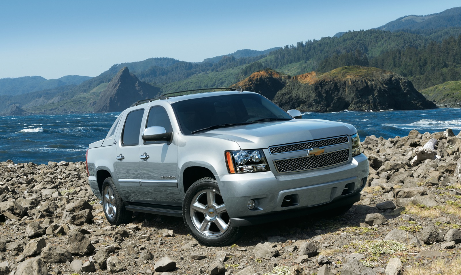 new and used chevrolet avalanche chevy prices photos reviews specs the car connection. Black Bedroom Furniture Sets. Home Design Ideas