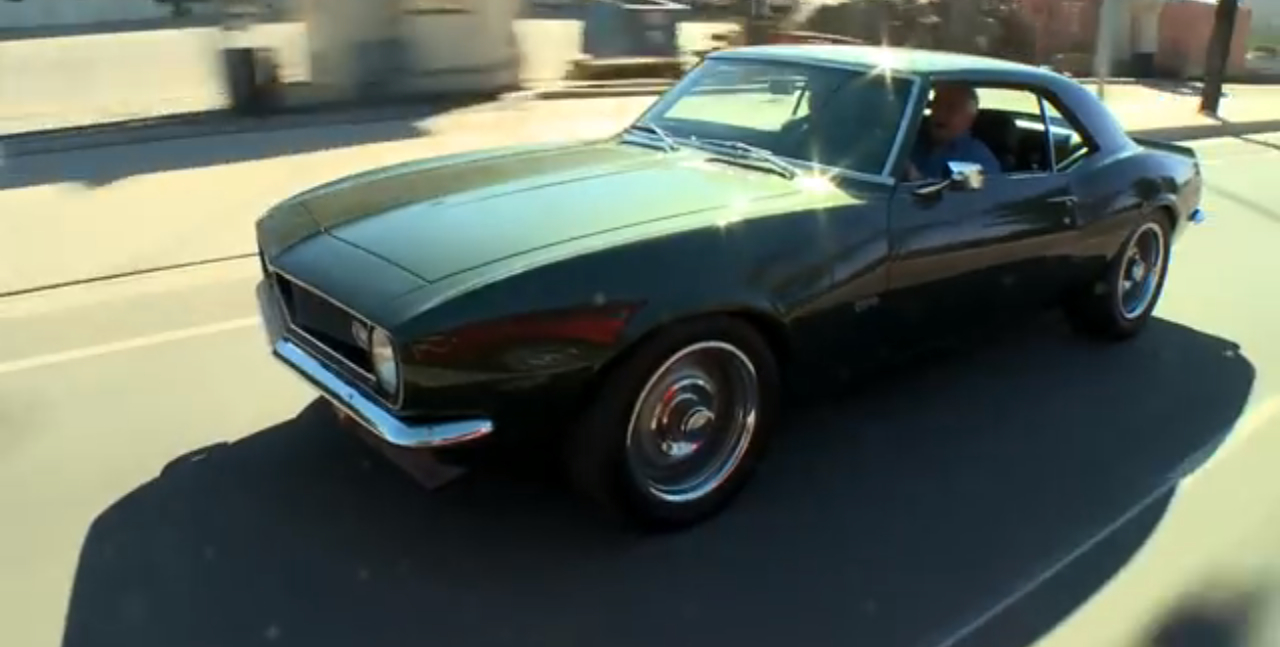 tim allen and his 1968 camaro visit jay leno 39 s garage video. Black Bedroom Furniture Sets. Home Design Ideas