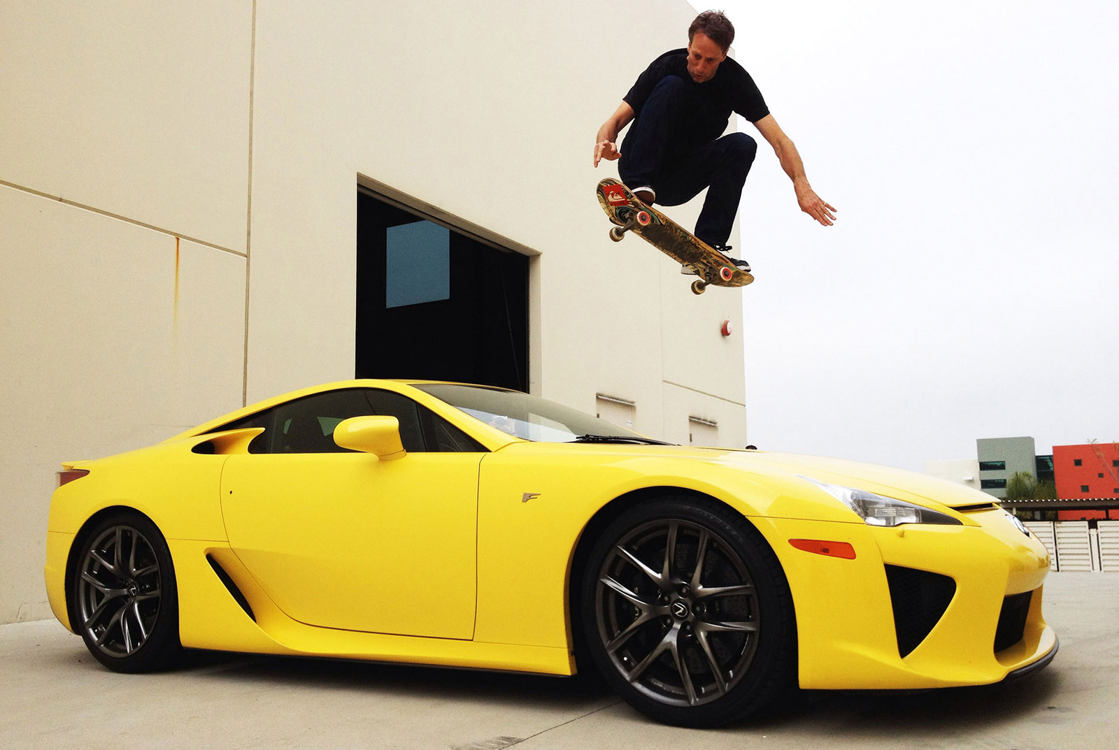 Lexus Fan Tony Hawk Uses Skateboard To Jump Over LFA: Video