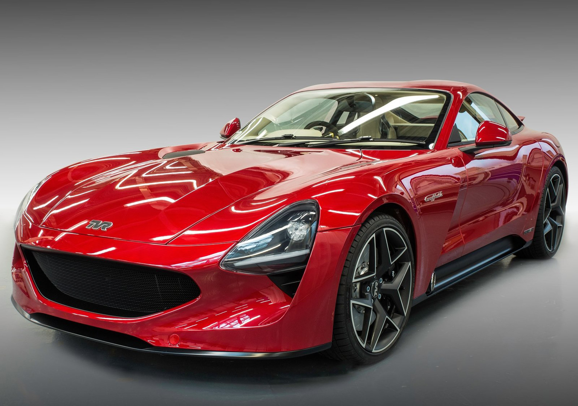 tvr returns with 500 horsepower griffith sports car. Black Bedroom Furniture Sets. Home Design Ideas