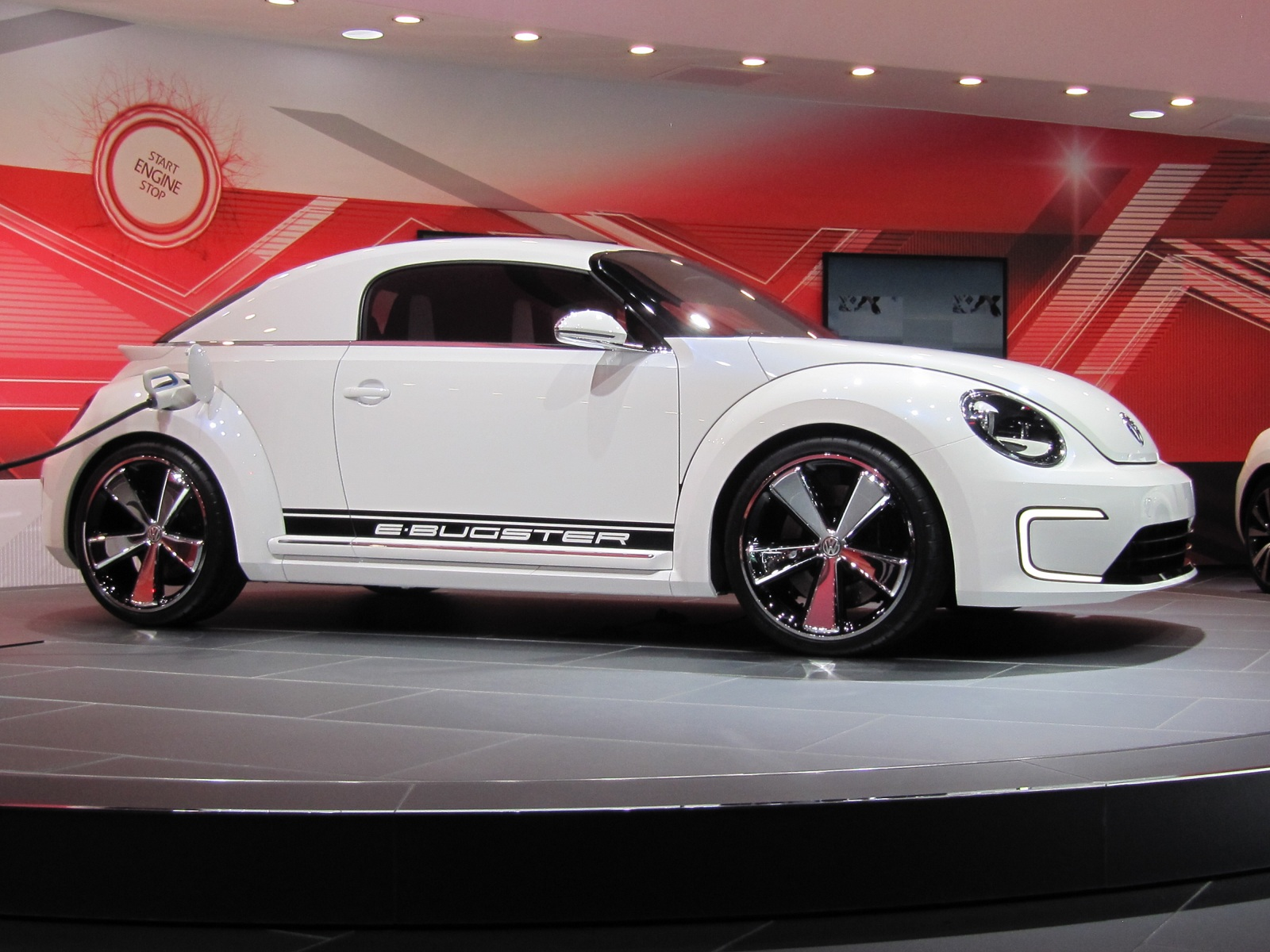 2013 vw e bugster electric concept 2012 detroit auto show video. Black Bedroom Furniture Sets. Home Design Ideas