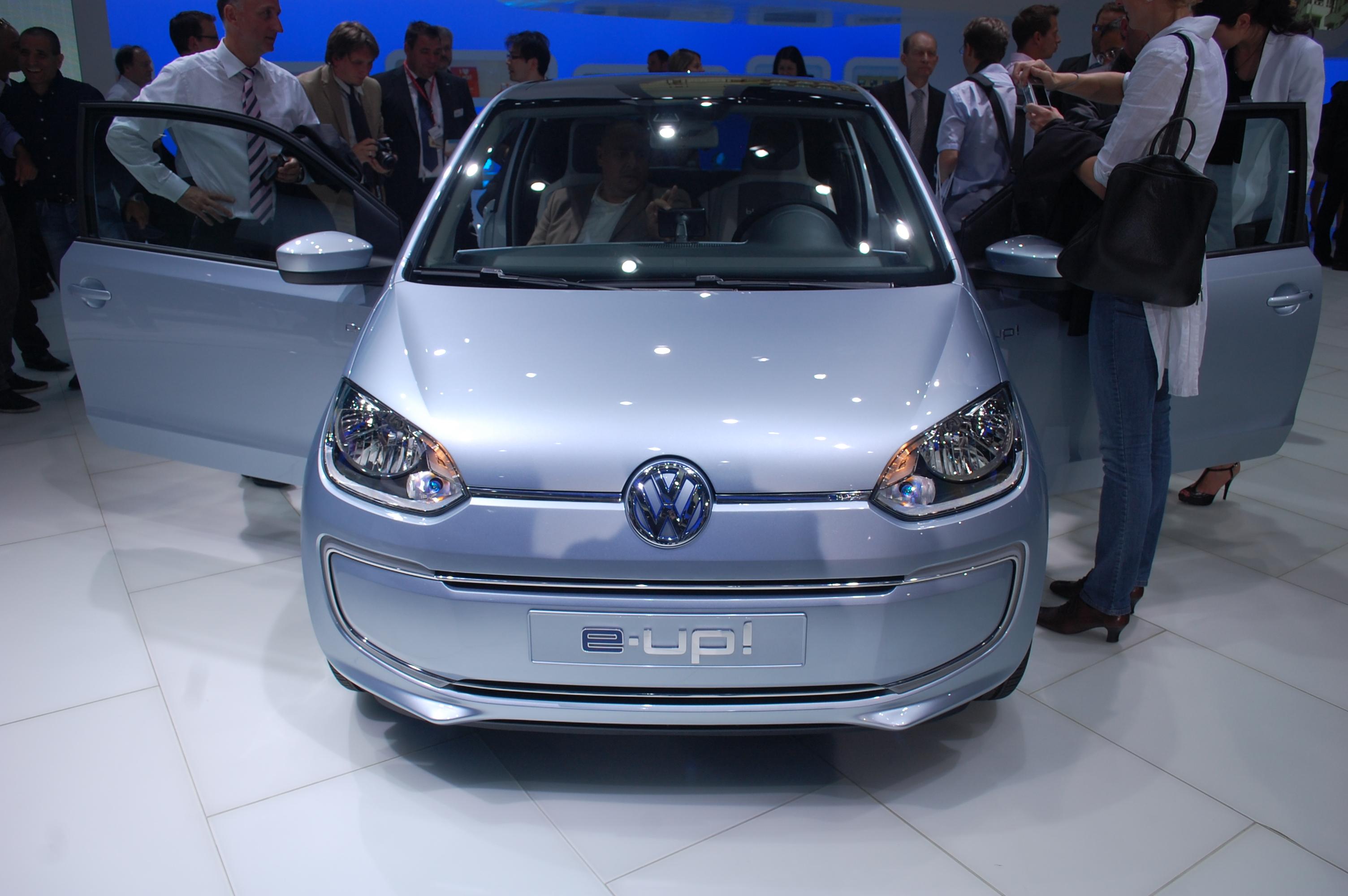 volkswagen e up electric minicar forbidden fruit for europe only. Black Bedroom Furniture Sets. Home Design Ideas