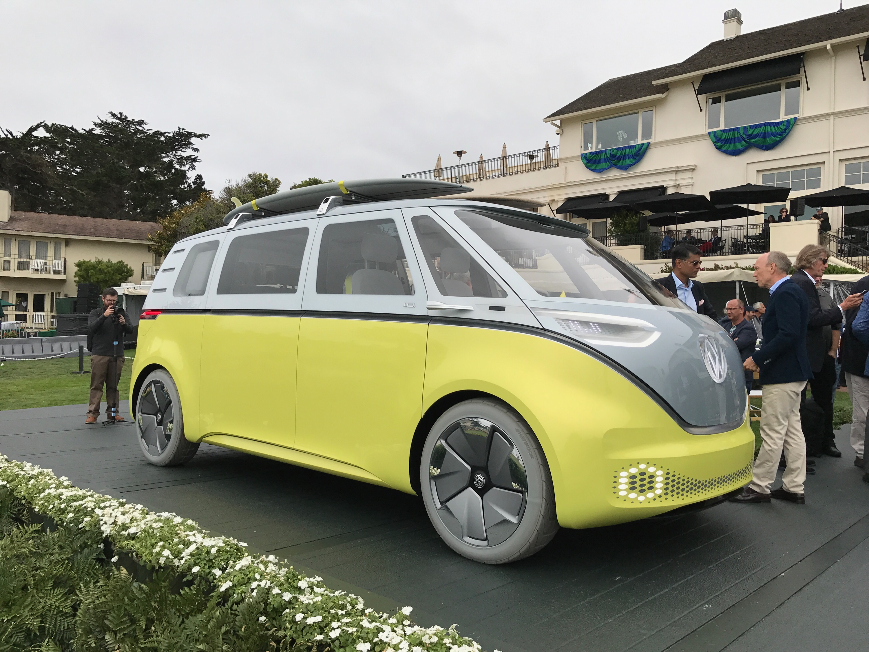 new vw bus is coming cargo van hatchback also due by 2022. Black Bedroom Furniture Sets. Home Design Ideas