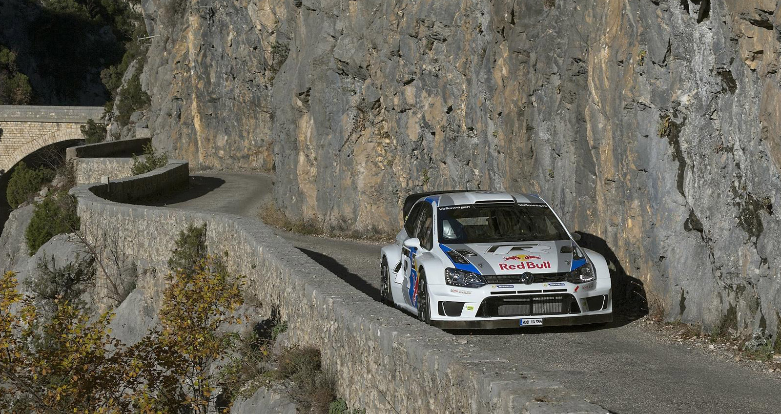 volkswagen polo r wrc finishes second on debut. Black Bedroom Furniture Sets. Home Design Ideas