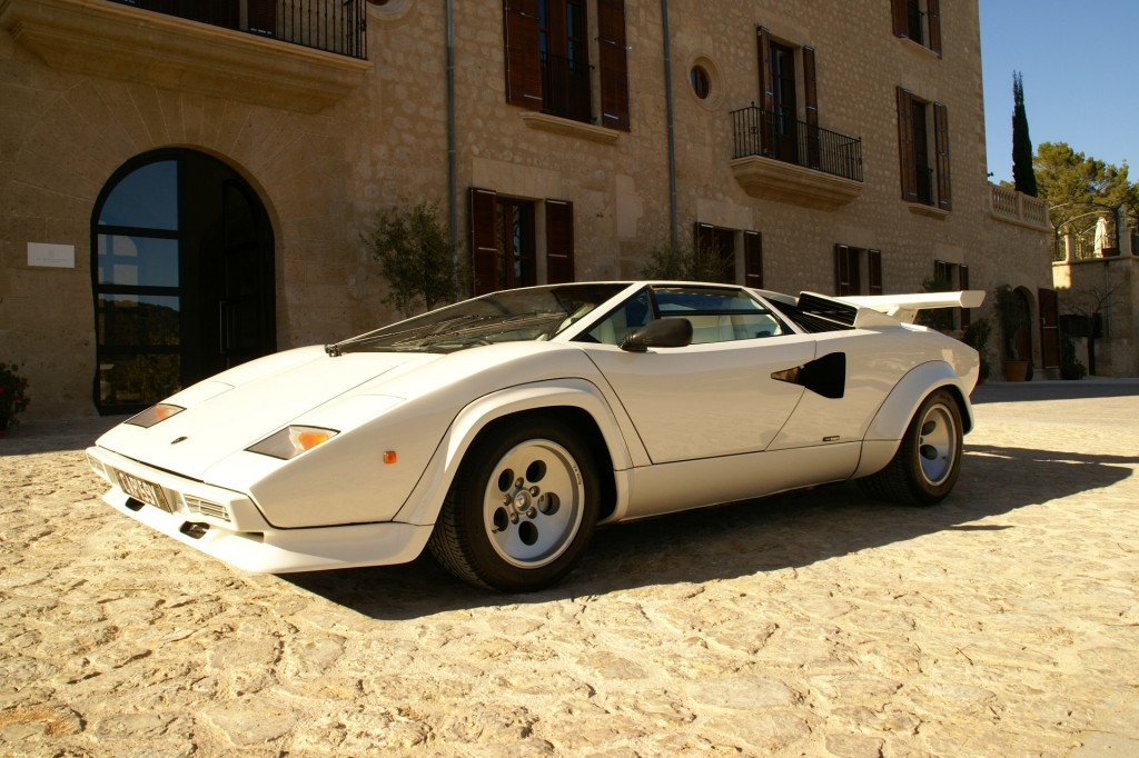 image 1983 lamborghini countach 5000 s hr size 1024 x 682 type gif post. Black Bedroom Furniture Sets. Home Design Ideas