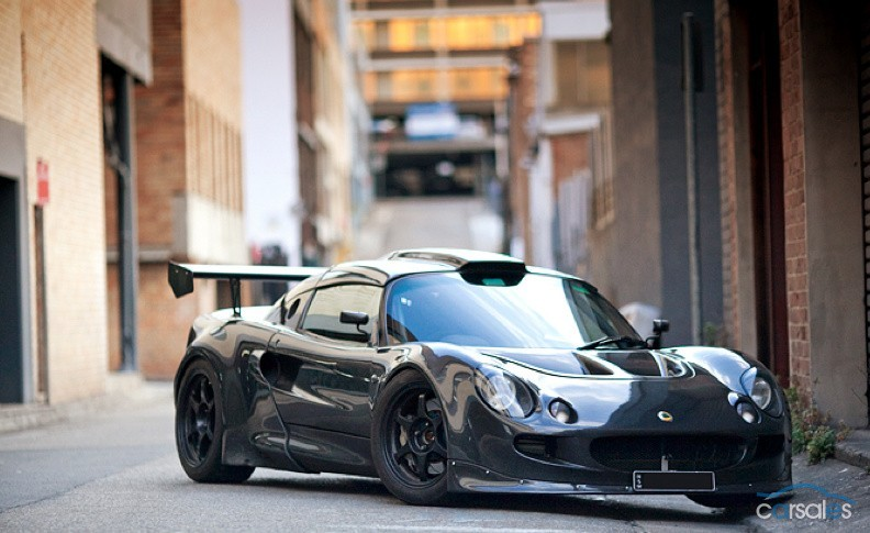 Lamborghini Los Angeles >> Lotus Exige Sporting 550-hp Audi Turbo Five And Carbon ...