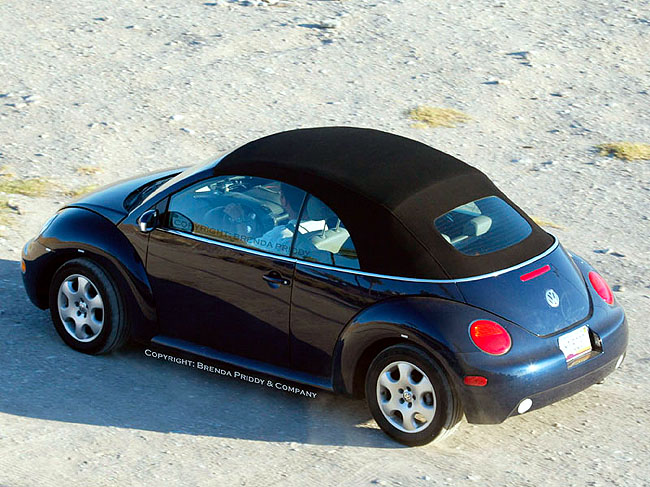 image 2003 volkswagen new beetle convertible spy shot size 650 x 487 type gif posted on. Black Bedroom Furniture Sets. Home Design Ideas