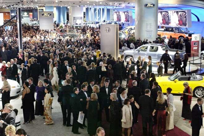 2004 Detroit Auto Show