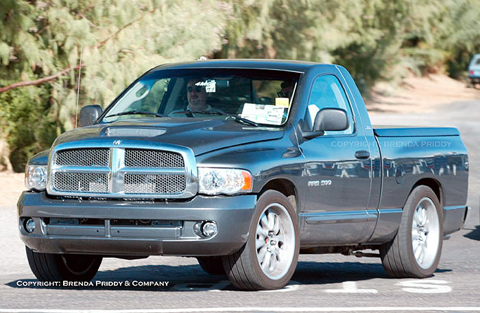 Image: 2004 Dodge Ram SRT-10 spy shot, size: 700 x 456, type: gif