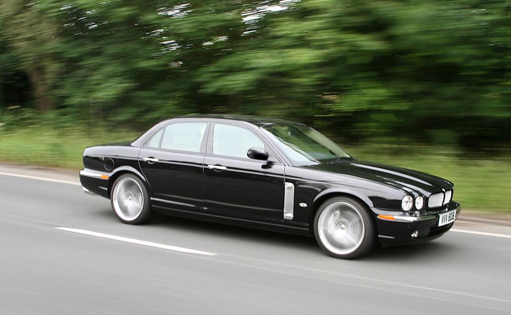 2006 Jaguar XJR Portfolio