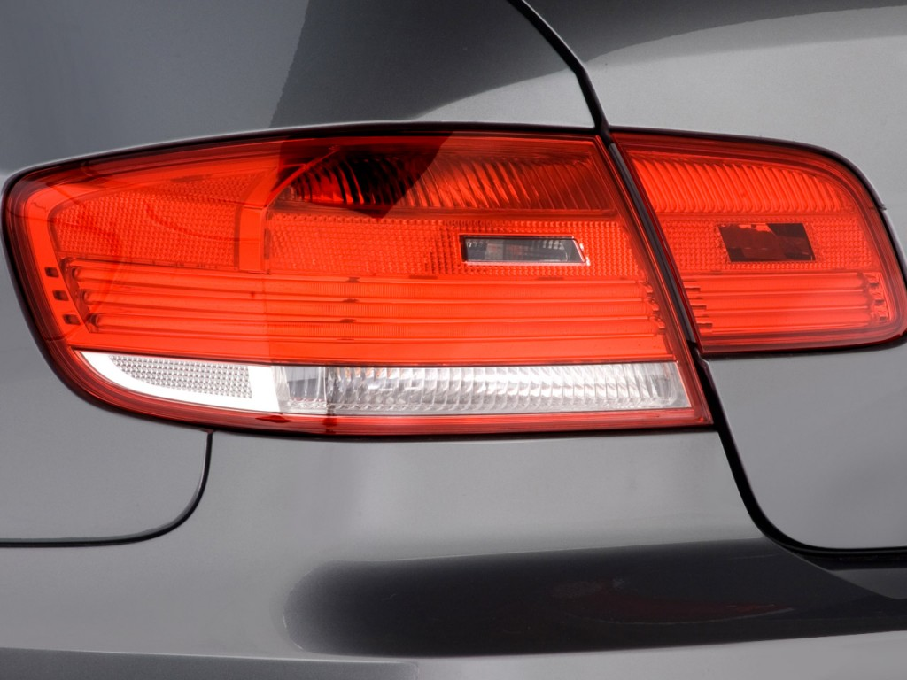 Image 2008 Bmw 3 Series 2 Door Coupe 335i Rwd Tail Light