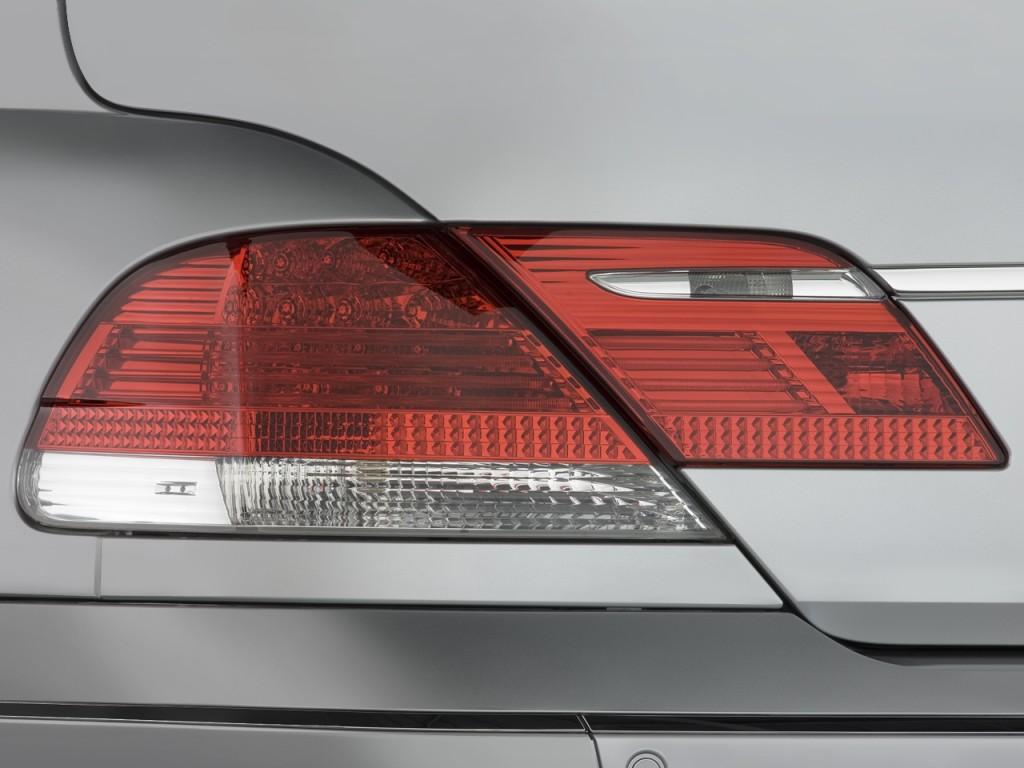 Image 2008 Bmw 7 Series 4 Door Sedan 750li Tail Light