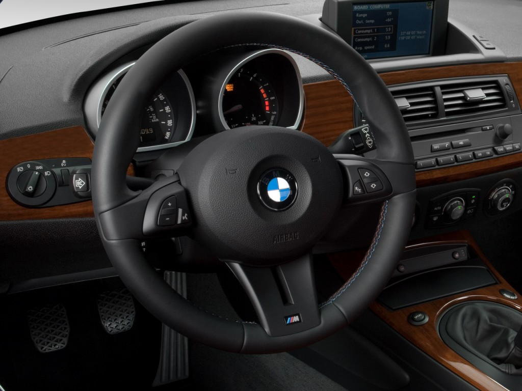 Image 2008 Bmw Z4 Series 2 Door Coupe M Steering Wheel