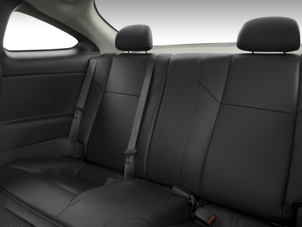 image 2008 chevrolet cobalt 2 door coupe ss rear seats. Black Bedroom Furniture Sets. Home Design Ideas