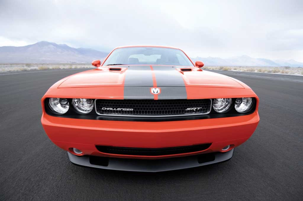 2010 Dodge Challenger SRT8 Creeps Up To $41,230
