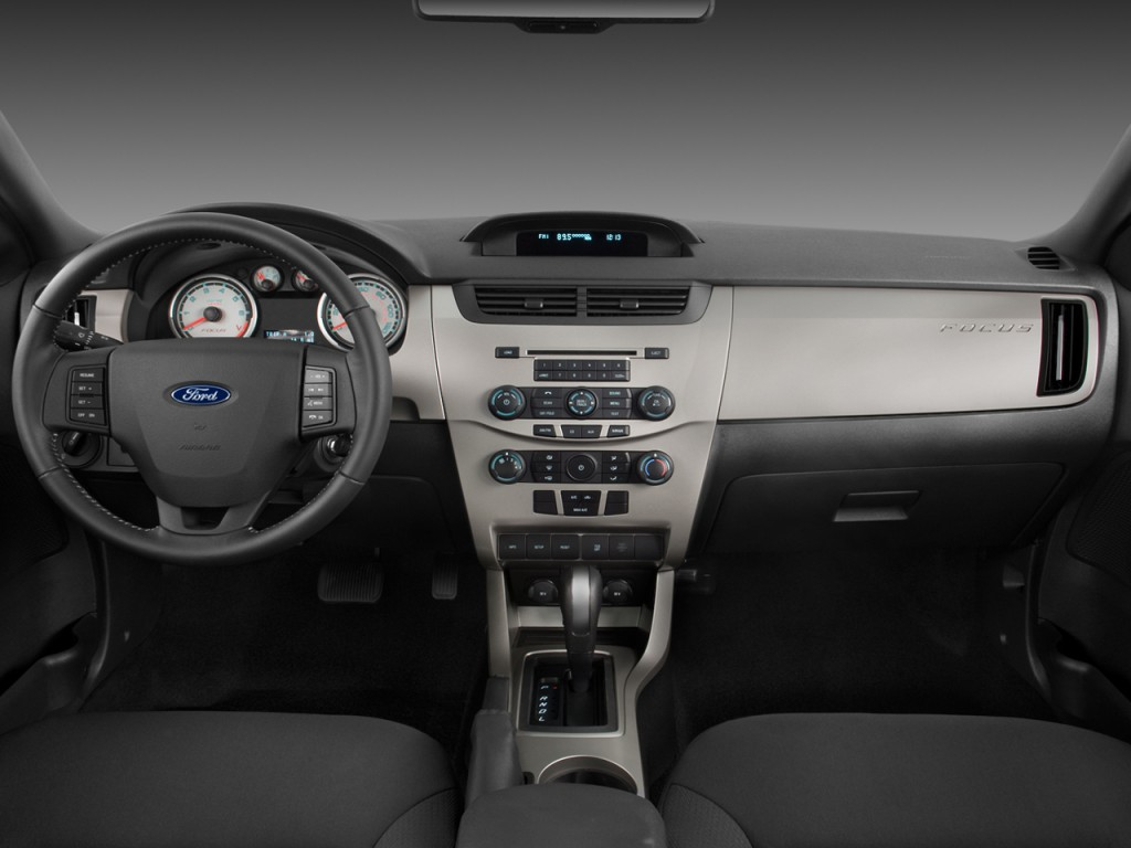 Image 2008 Ford Focus 2door Coupe SES Dashboard size 1024 x