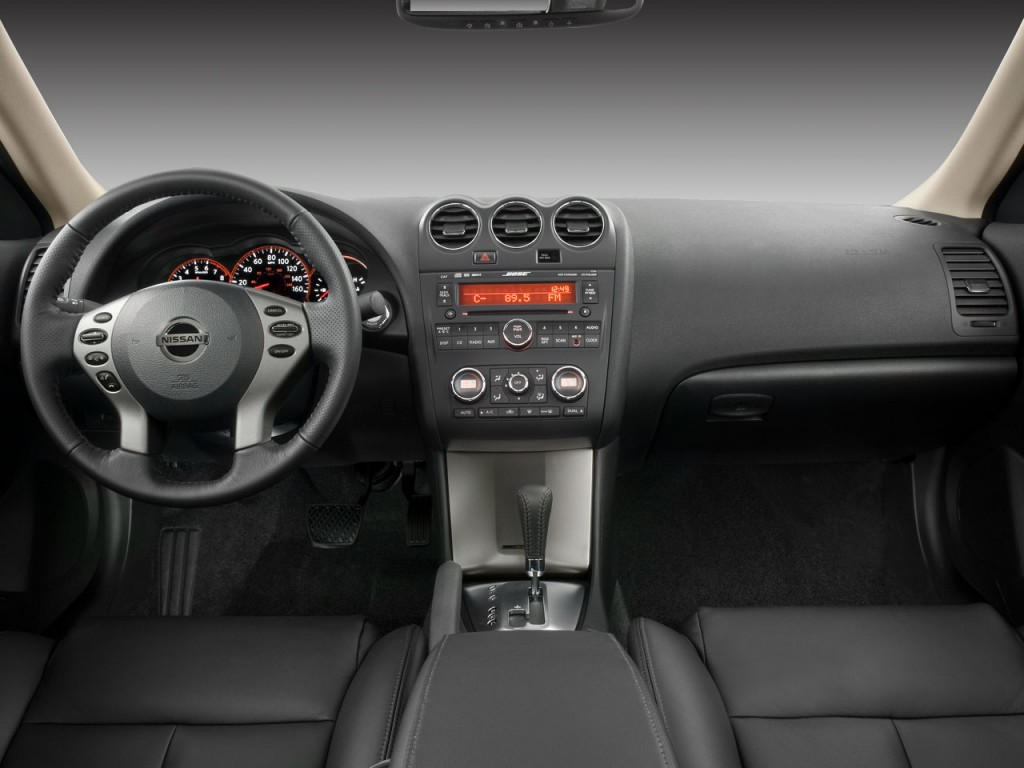 Image 2008 nissan altima 2 door coupe i4 man s dashboard size 2008 nissan altima 2 door coupe i4 man s dashboard vanachro Gallery