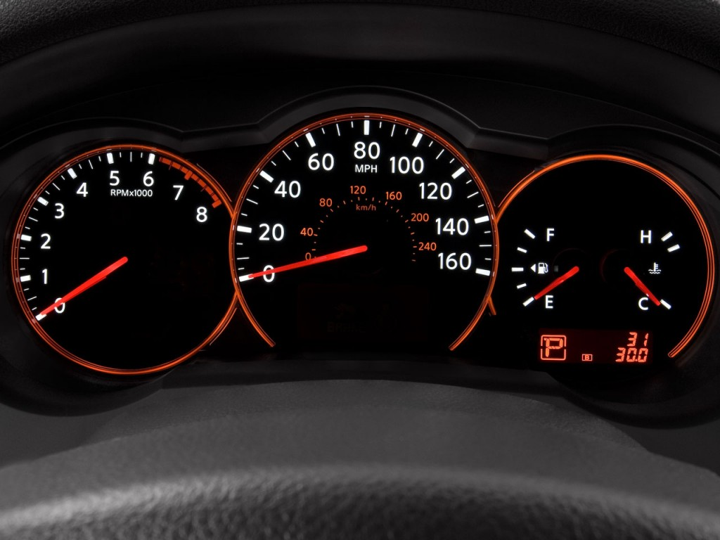 image  nissan altima  door coupe  man  instrument cluster size    type gif