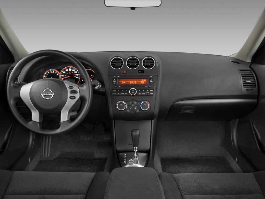 2008 nissan altima sedan image gallery hcpr 2008 nissan altima 4 door sedan i4 cvt s dashboard vanachro Images