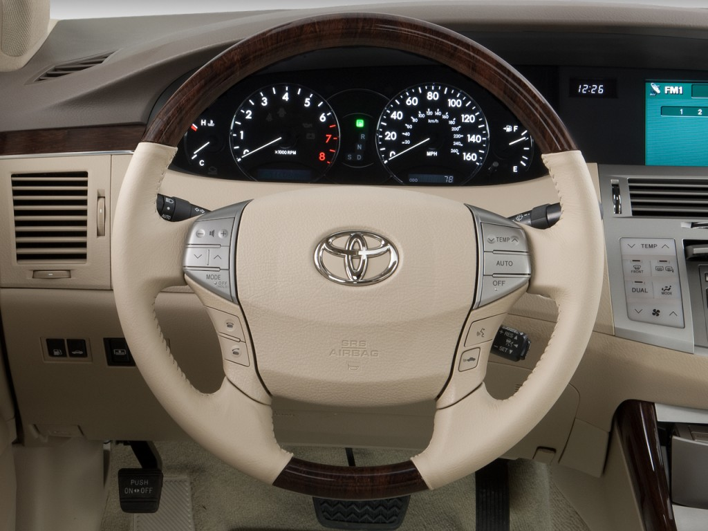 Toyota Avalon Door Sedan Limited Natl Steering Wheel L on 2002 Toyota Sequoia Limited