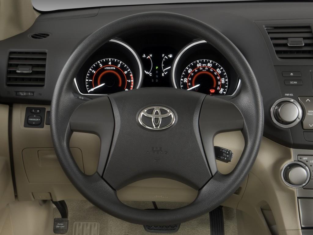 image 2008 toyota highlander fwd 4 door base natl steering wheel size 10. Black Bedroom Furniture Sets. Home Design Ideas