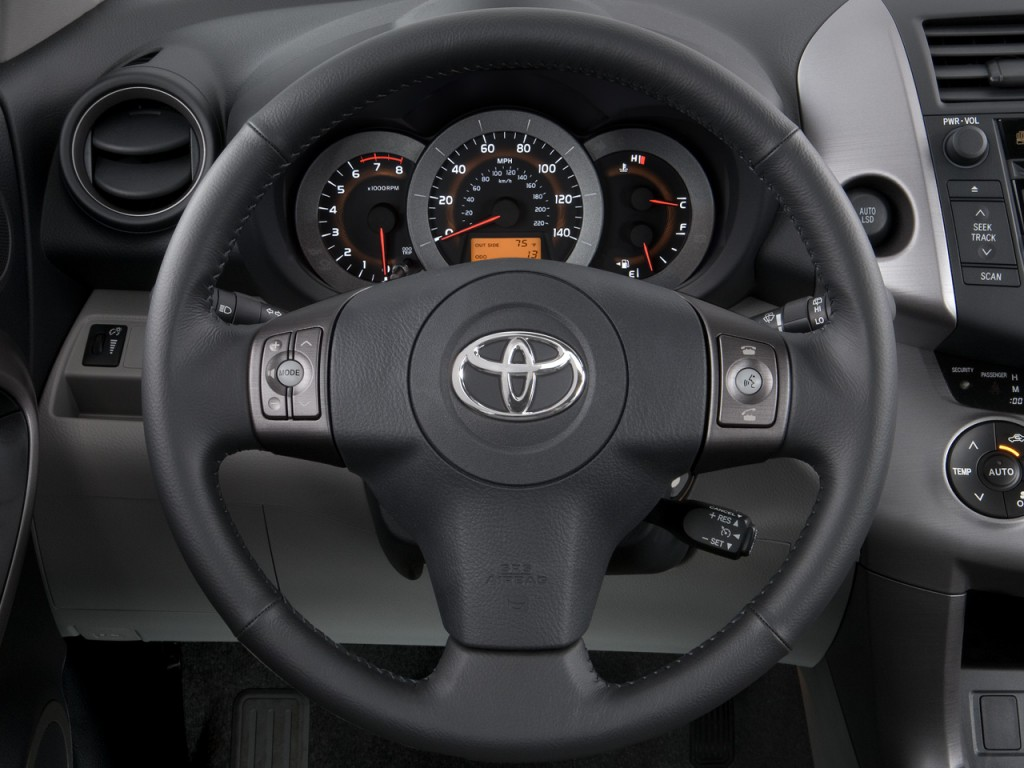 Image: 2008 Toyota RAV4 FWD 4-door 4-cyl 4-Spd AT Ltd ...