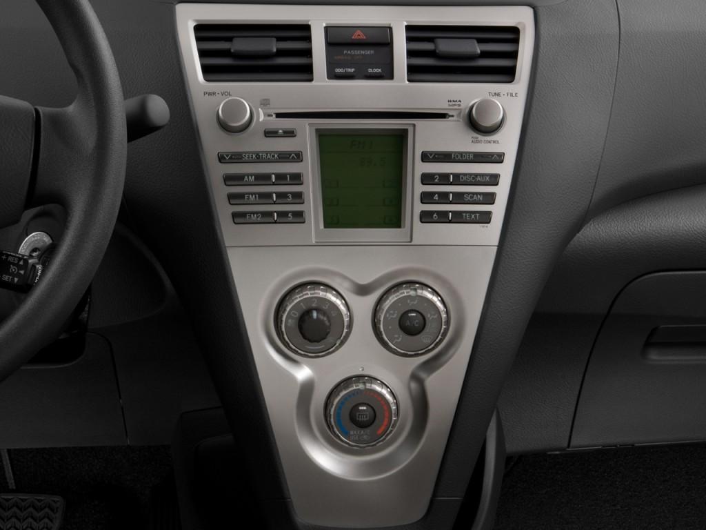 Image  2008 Toyota Yaris 4