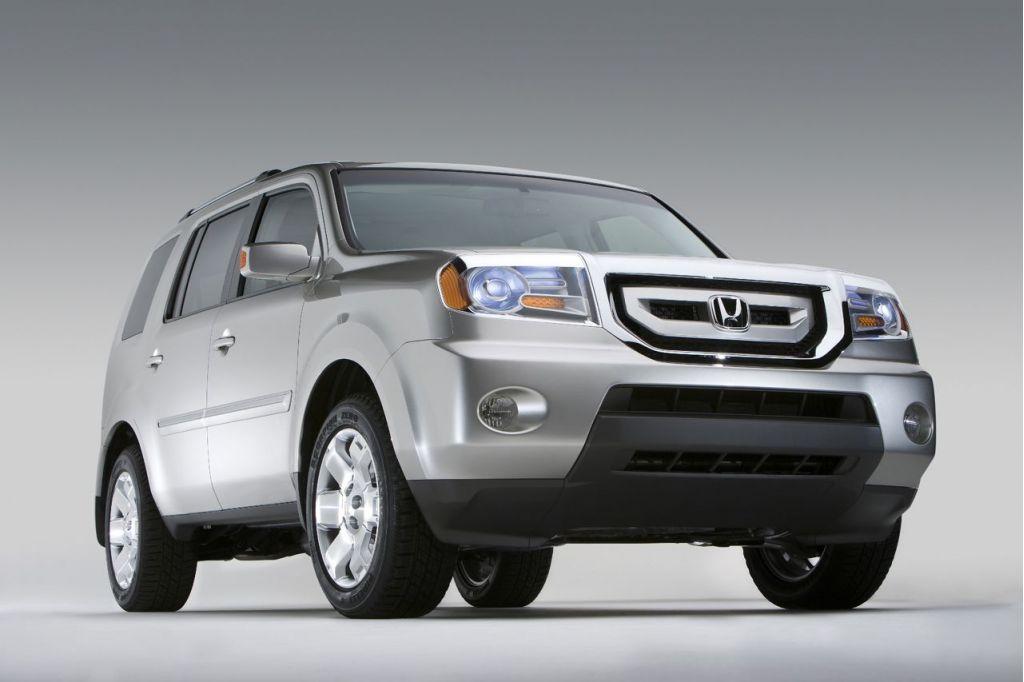Honda Expands Takata Airbag Recall To Include 2001 Accord, 2004 Civic, 2008 Pilot
