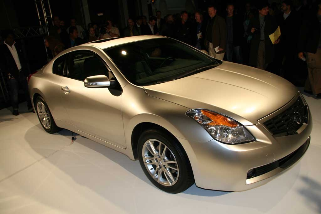image 2008 nissan altima coupe size 1024 x 683 type gif posted on november 29 2006 1 10. Black Bedroom Furniture Sets. Home Design Ideas