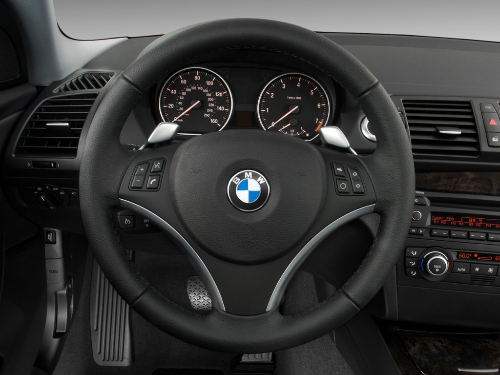 image: 2009 bmw 1-series 2-door coupe 128i steering wheel, size