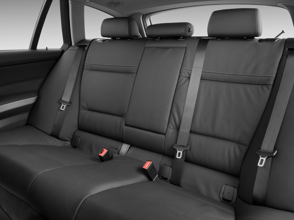 Image 2009 Bmw 3 Series 4 Door Sports Wagon 328i Rwd Rear Seats Size 1024 X 768 Type Gif