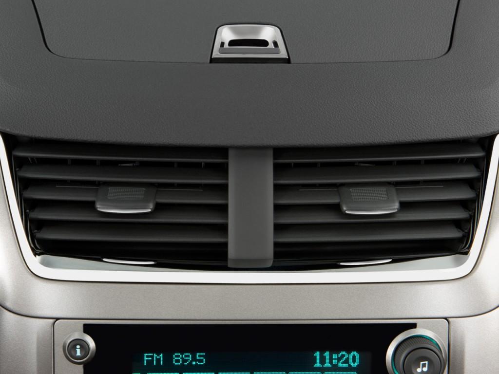 Image 2009 Chevrolet Malibu 4 Door Sedan Ltz Air Vents